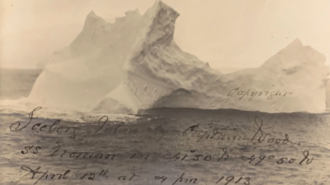 SUBASTARÁN FOTO DEL ICEBERG QUE HUNDIÓ AL TITÁNIC