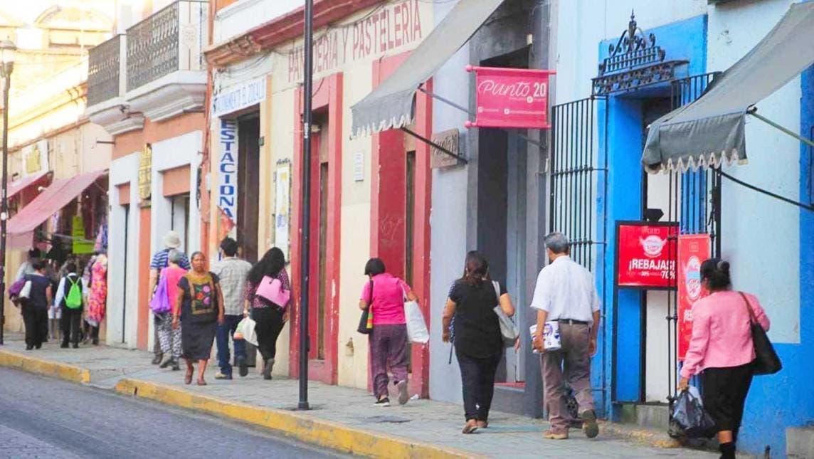 MÉXICO REGISTRA 5 MIL 300 NUEVOS CONTAGIOS DE COVID-19 Y 370 MUERTES EN LAS ÚLTIMAS 24 HORAS
