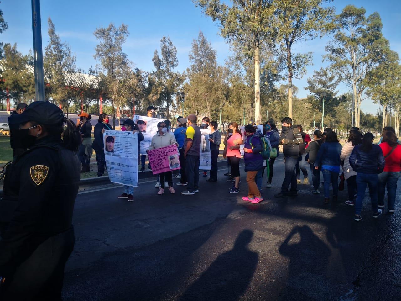 VIDEO: DOCENTES REALIZAN MANIFESTACIÓN SOBRE CALZADA IGNACIO ZARAGOZA