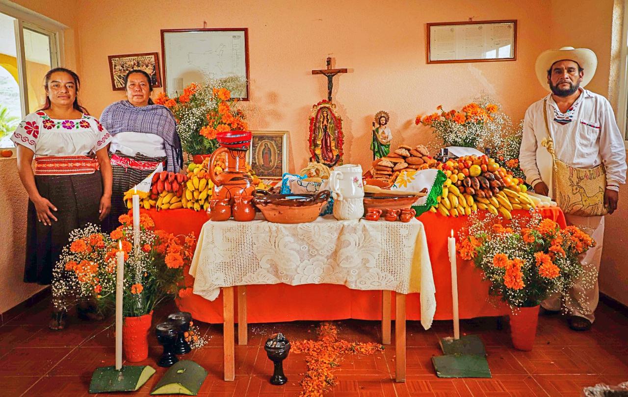 GALERÍA: CELEBRAN DÍA DE MUERTOS CON CEREMONIA SAGRADA TLAHUICA EN OCUILAN