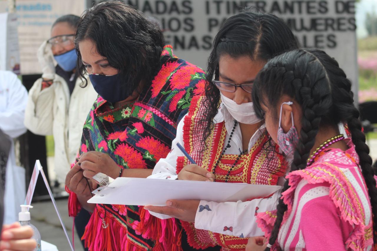 EDOMÉX BRINDA ATENCIÓN A MUJERES DE 23 COMUNIDADES INDÍGENAS