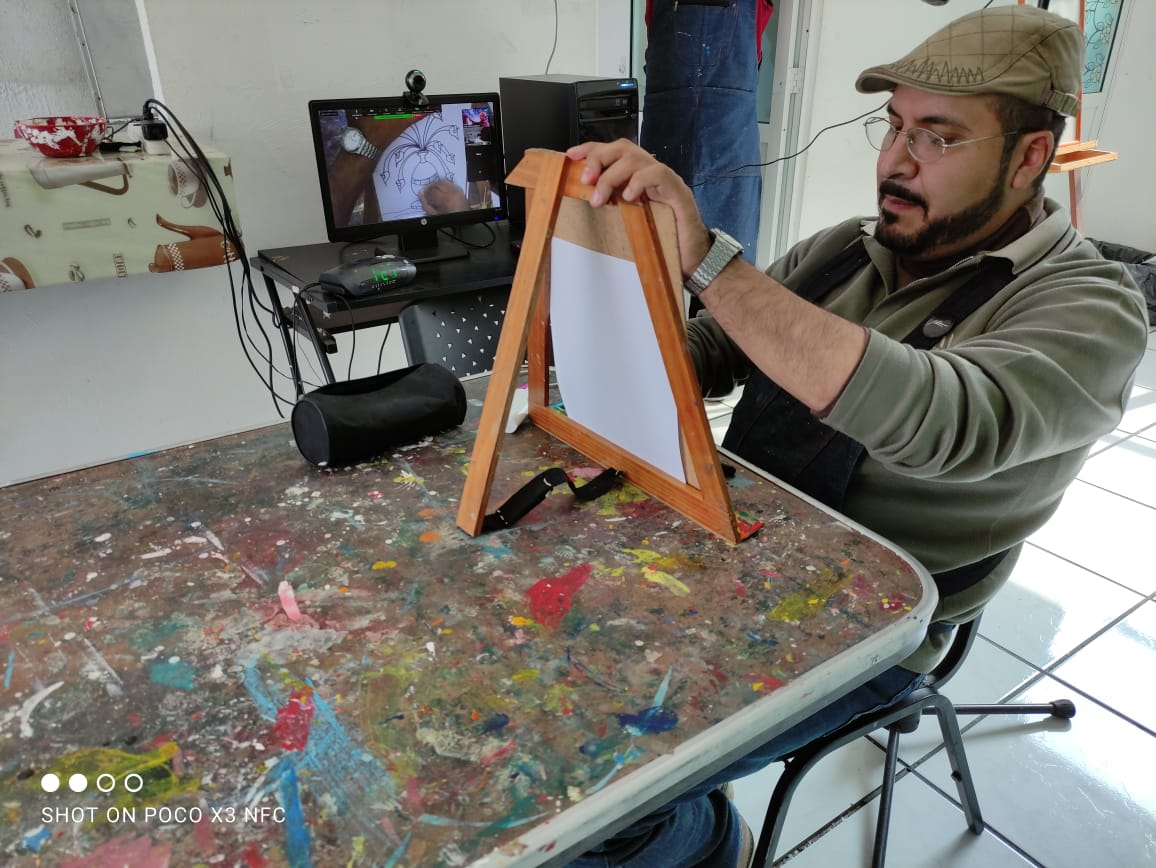 ARTISTA PLASTICO APOYA A MEXIQUENSES DURANTE EL CONFINAMIENTO POR COVID-19