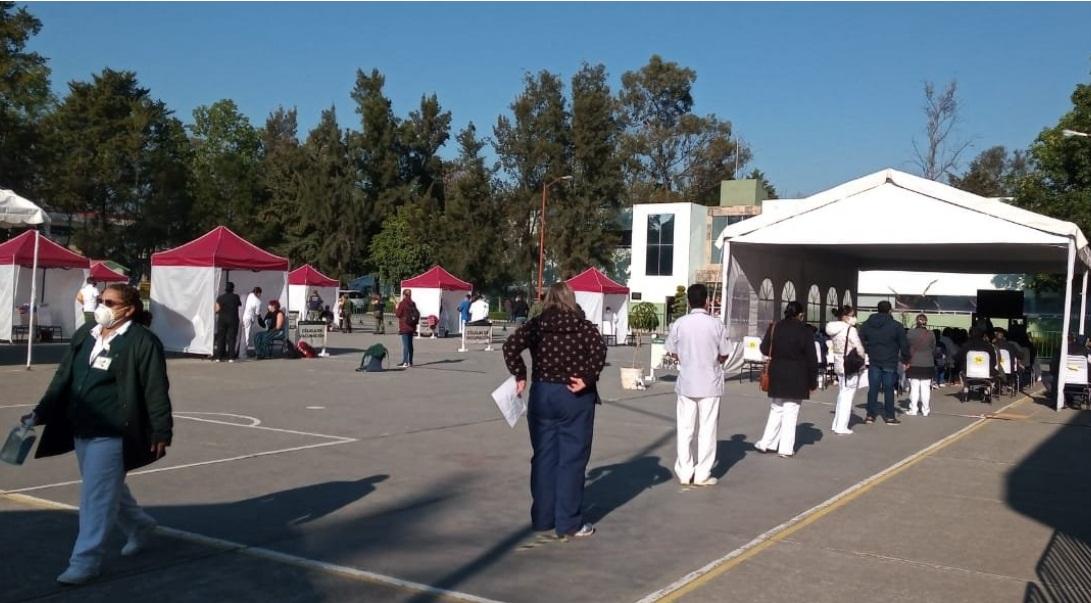 TRAS APLICACIÓN DE VACUNA CONTRA COVID-19, 23 TRABAJADORES PRESENTARON EFECTOS SECUNDARIOS: IMSS