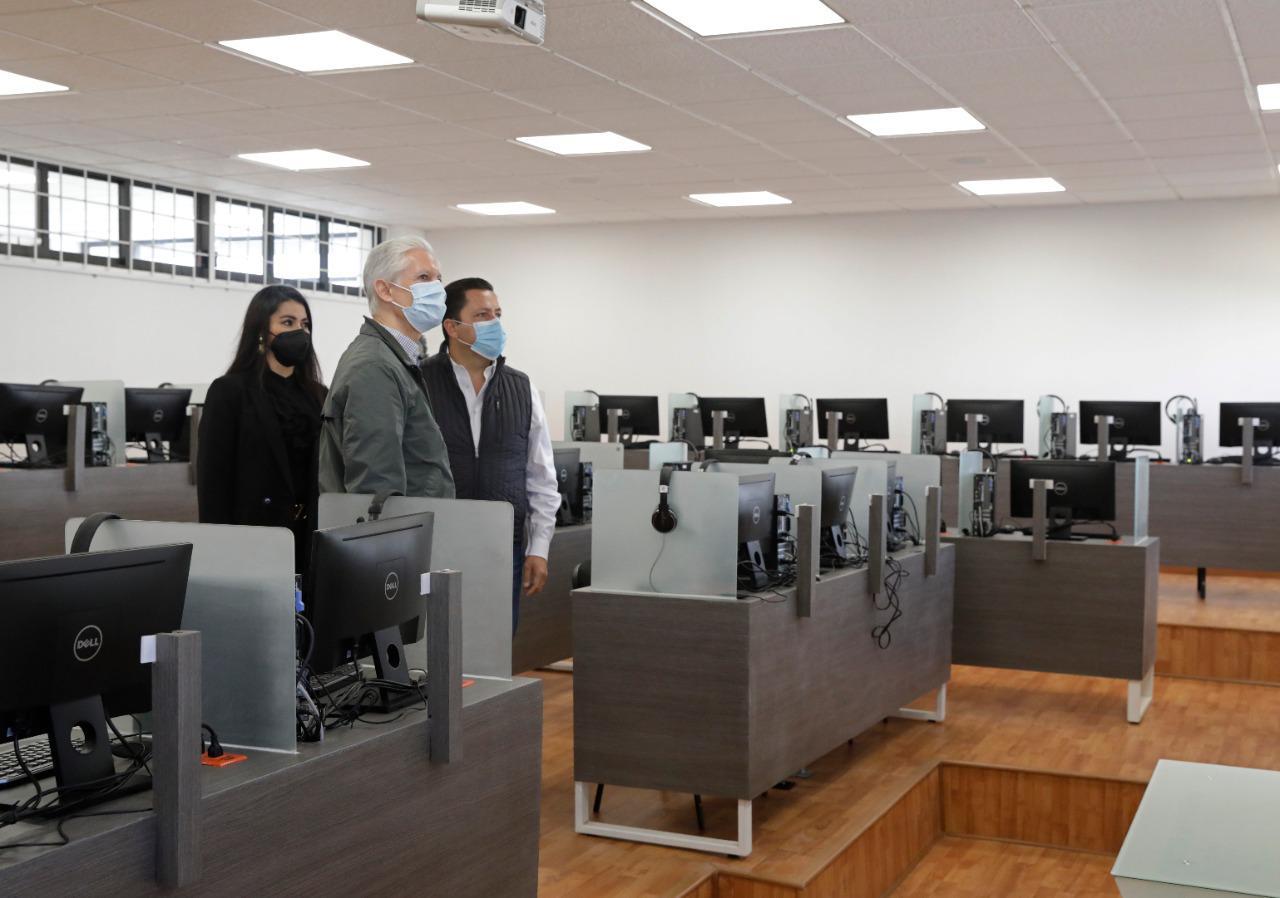 VISITAN UNIDAD DE DOCENCIA B EN LA UNIVERSIDAD TECNOLÓGICA DE ZINACANTEPEC