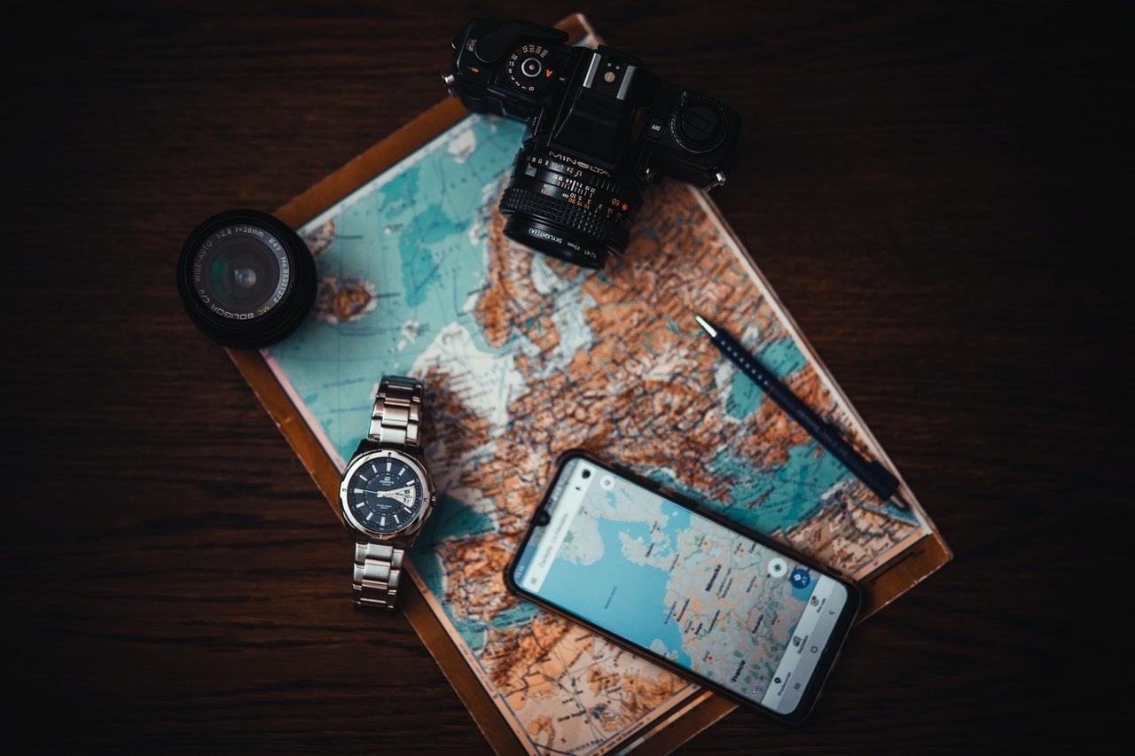 GOOGLE MAPS, EL SALTO DEL PAPEL A LOS TELÉFONOS INTELIGENTES