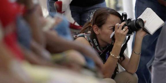 PERIODISTAS MEXICANAS SON VÍCTIMAS DE VIOLENCIA FÍSICA Y VIRTUAL