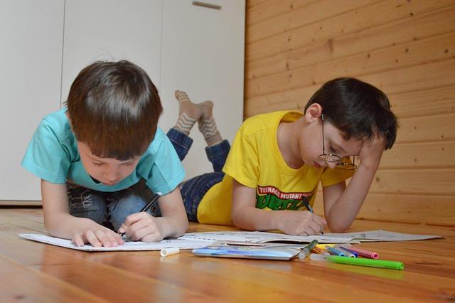 EDUCACIÓN EN CASA DURANTE LOS TIEMPOS DE COVID-19