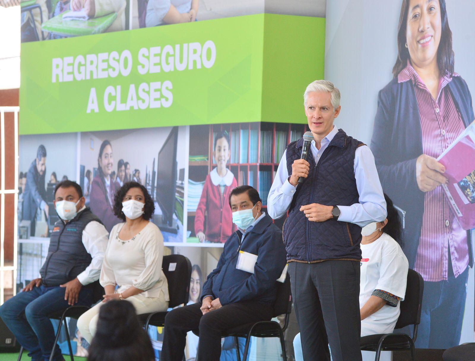 REGRESO A CLASES SERÁ ESCALONADO Y CON MEDIDAS SANITARIAS: ALFREDO DEL MAZO