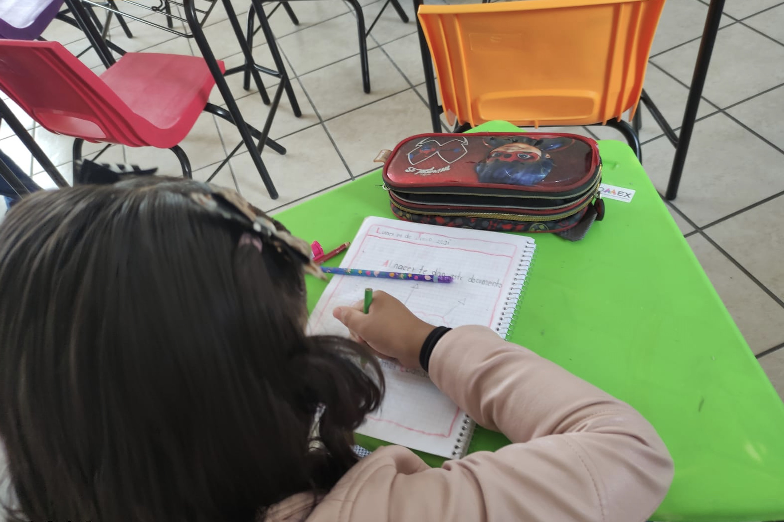 PRIMER DÍA DEL REGRESO A CLASES EN EDOMEX REGISTRÓ UNA BAJA ASISTENCIA DE ALUMNOS